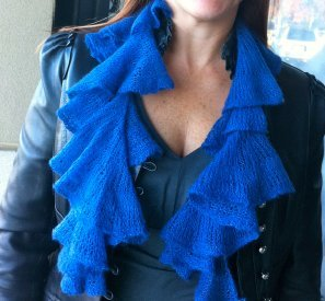 free knit ruggled scarf