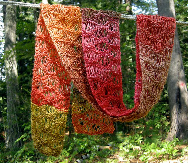 beautiful free waterfall scarf knit pattern the spinners