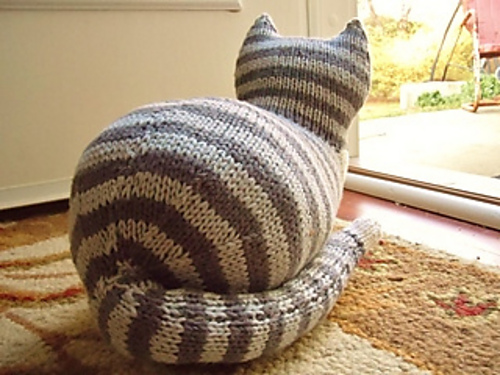 Knit Parlor Cat Pattern