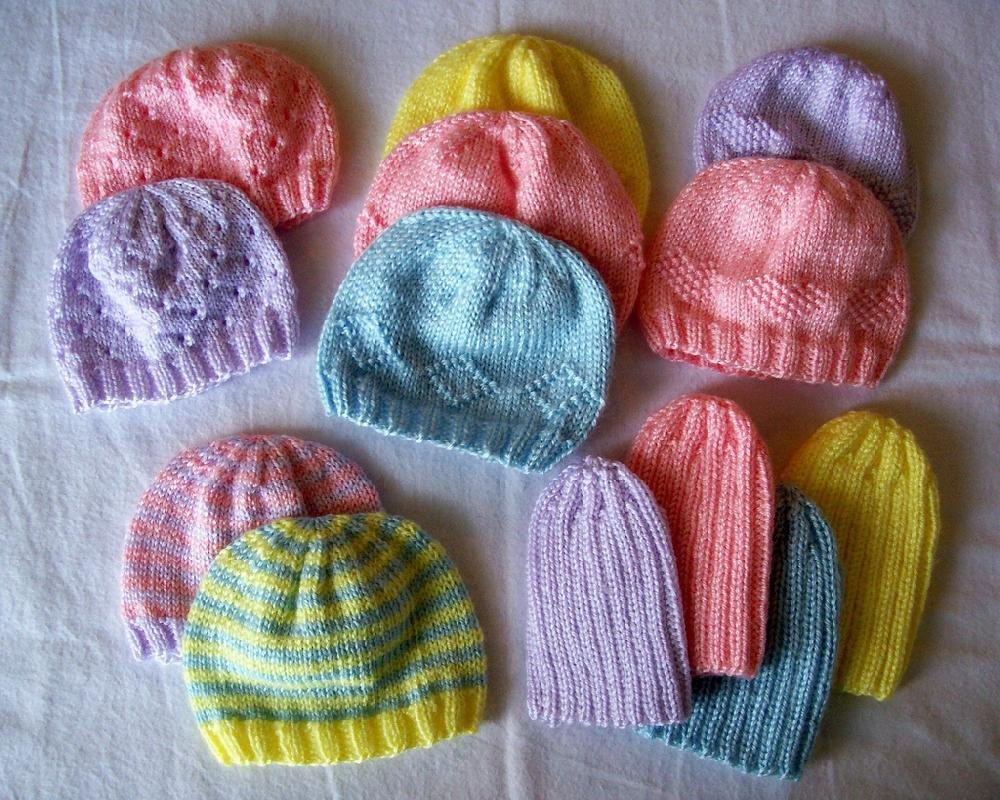 Knitting Patterns For Very Premature Babies : Knit Some Preemie Hats for Charity! - The Spinners Husband