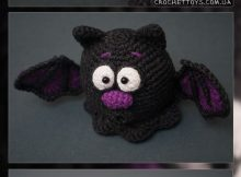 Crochet this Free Bat Toy for Halloween!
