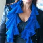 free knit ruggled scarf