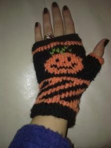 halloween mittens