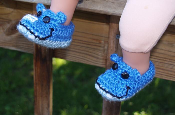 crocheted hippo baby booties