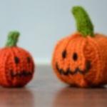 knit halloween pattern