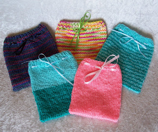 Free Knit Gift Pouches