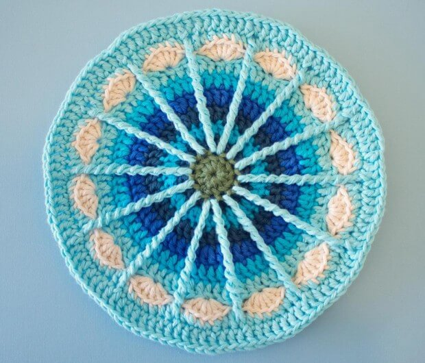 Crochet a Mandala for free!