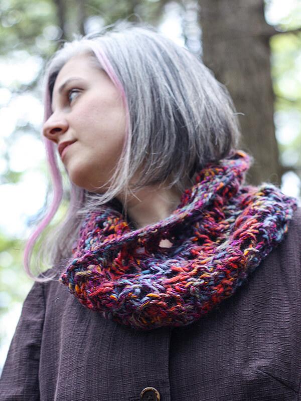 Bulky Knit Lace Cowl Pattern