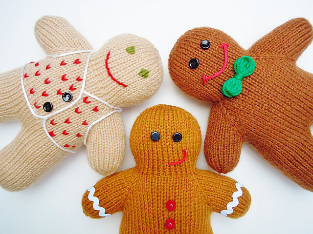 Free Knit Gingerbread Man pattern