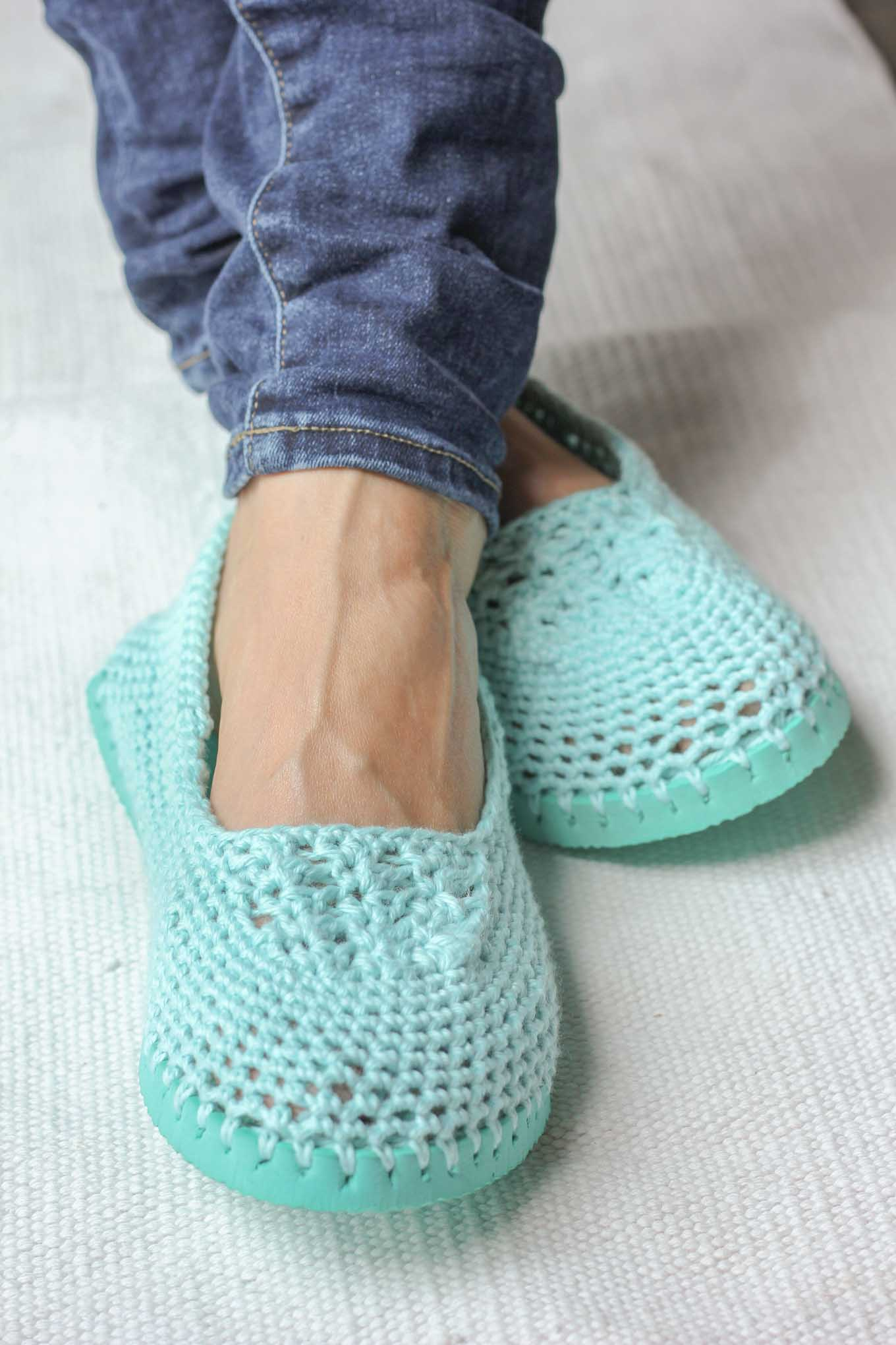 Crochet Upcycled Flip Flops With This Free Pattern The Spinners