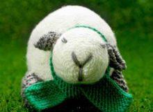 Knit stuffed lam pattern