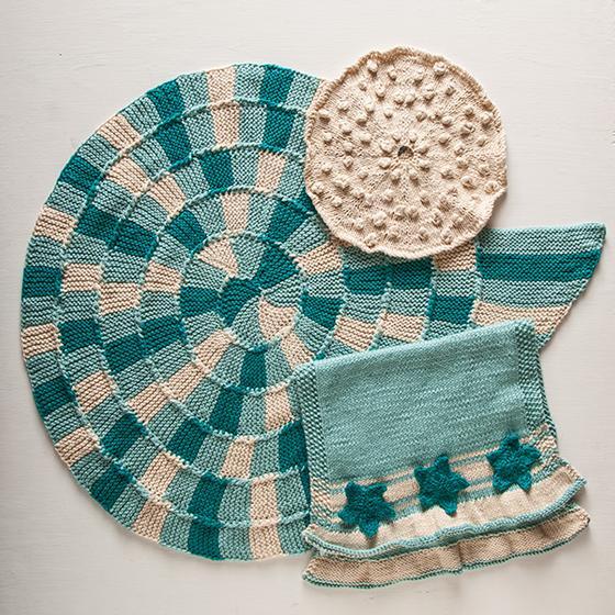 Sand and Sea Knit Bath Set
