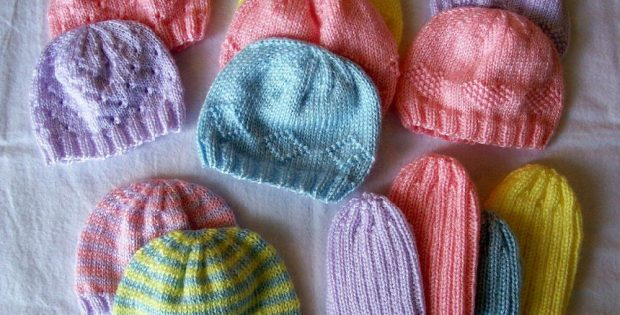 Knit Preemie Hats for Charity